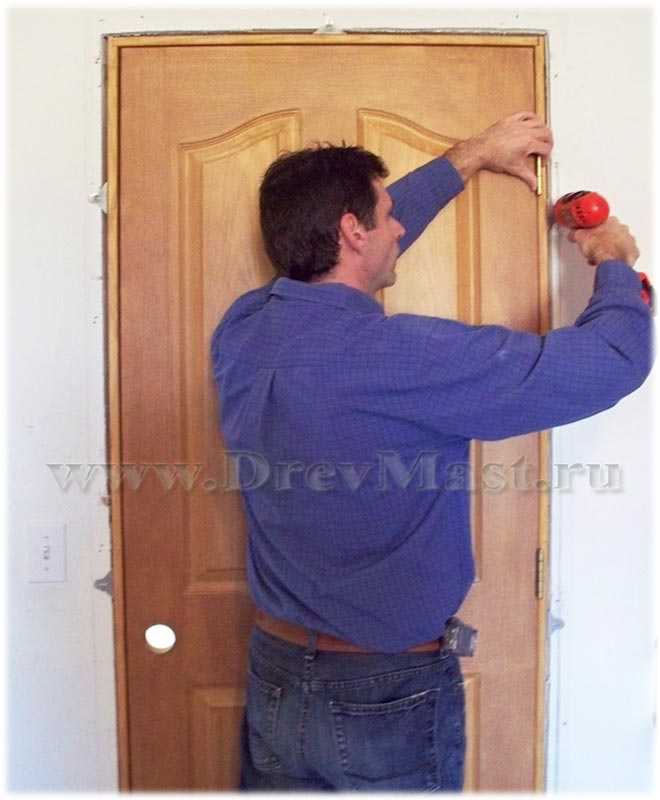 Вставить двери своими руками